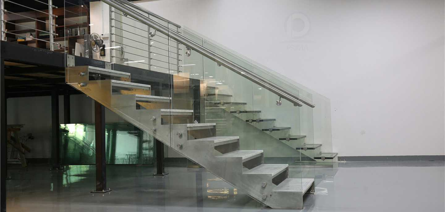 staircase_railing_curtainwall_04